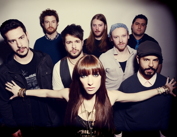 HARBORFEST: Soulful Edge to Sister Sparrow