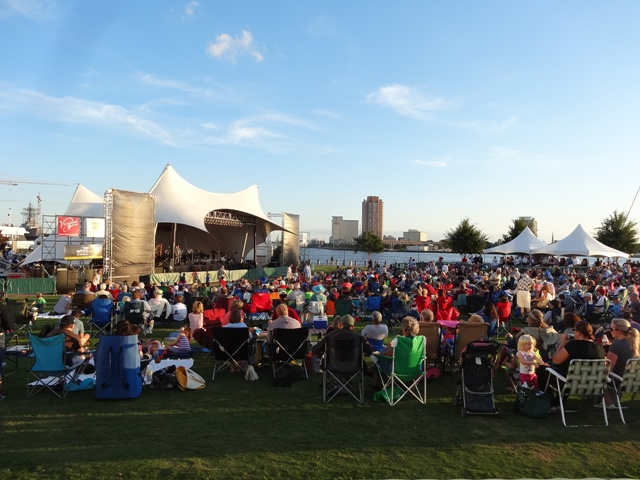 OPERA IN THE PARK: A Grand Night for Hearing Virginia Opera