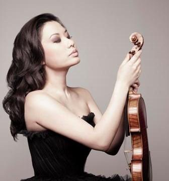 (Violinist Sarah Chang)