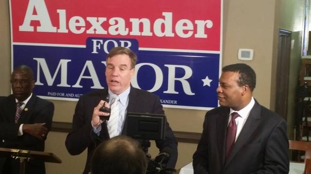 (US Senator Mark Warner endorses Kenny Alexander at La Bella Ghent)