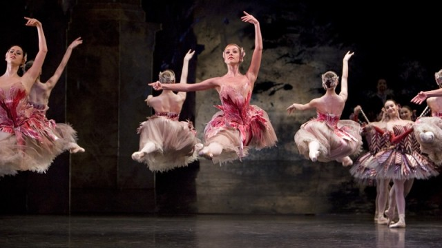 THE NUTCRACKER. BRB. 30-11-2007