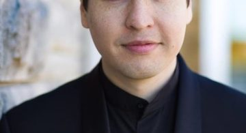 PREVIEW: Symphony by the Sea with Gonzalo Farias