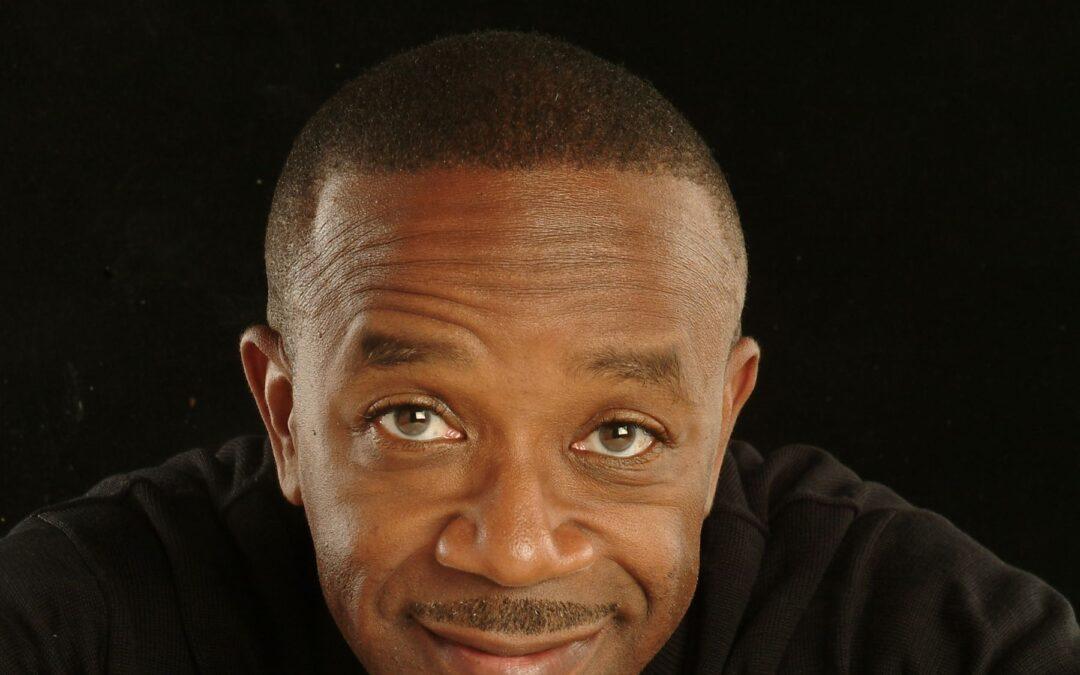 Vocalist Kenny Washington Keeps Jazz Standards Alive