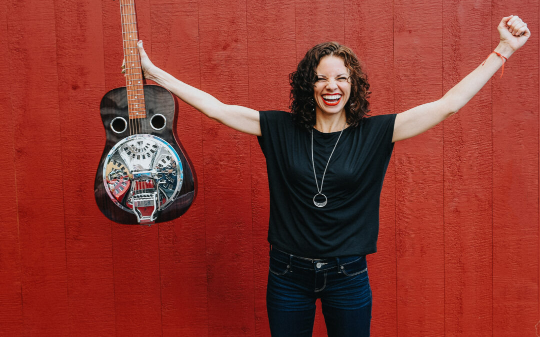 MUSIC: Abbie Gardner Steps Out While Red Molly on Hiatus